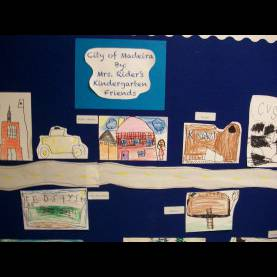 Good Kindergarten Community Unit Literacy And Laughter - Celebrating Kindergarten Children And Th