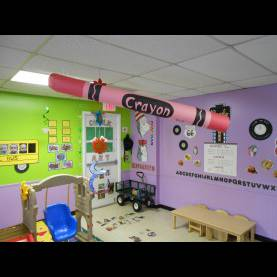 Newest Toddler Classroom Themes 4 Foot Long Crayon Made From Construction Paper, 3 D Object, Bac